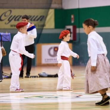 Domingo 5, la Dantzari Txikien Jaia